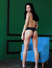 Aurelia Perez bare in erotic ASODEY gallery - MetArt.com