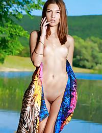 Alicia Love bare in erotic ARITI gallery - MetArt.com