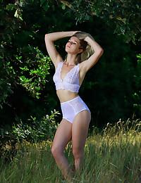 Libby nude in erotic FLEXIBLE gallery - MetArt.com