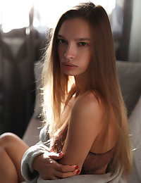 Elin nude in softcore Lithe gallery