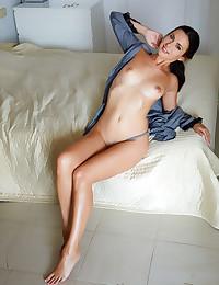 Jasmine Jazz nude in erotic SIMPLY SLEEK gallery