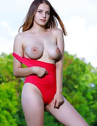 Dakota Pink bare in erotic TOP SHELF gallery - MetArt.com