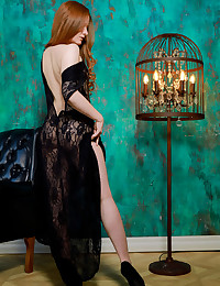 Anicka nude in glamour CANDELABRA gallery