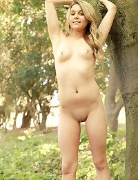 Glamour Sweetie - Naturally Jaw-dropping Unexperienced Nudes