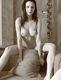 Erotic Sweetheart - Naturally Wonderful Inexperienced Nudes