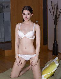 Vanessa Angel BY Deltagamma - OLENEA