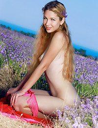 Genevieve Gandi nude in softcore DIKAY gallery - MetArt.com