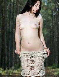 Glamour Bombshell - Naturally Splendid Unexperienced Nudes