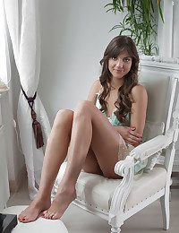 Shari naked in erotic Introducing SHARI gallery