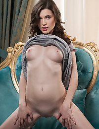 Serena Wood bare in glamour ALAME gallery - MetArt.com