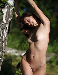Softcore Hotty - Naturally Uber-sexy Fledgling Nudes