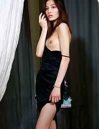 Anna Aki bare in erotic TENDRI gallery - MetArt.com