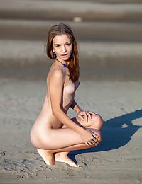 Erotic Beauty - Naturally Sumptuous Amateur Nudes